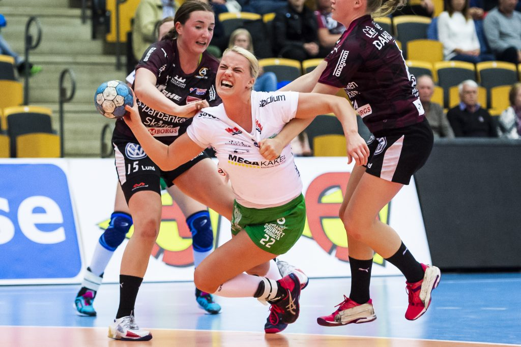 190424 Skurus Hanna Åhlén under handbollsmatchen i semifinal 2 i SHE-slutspelet mellan Lugi och Skuru den 24 april 2019 i Lund. Foto: Christoffer Borg Mattisson / BILDBYRÅN / COP 261